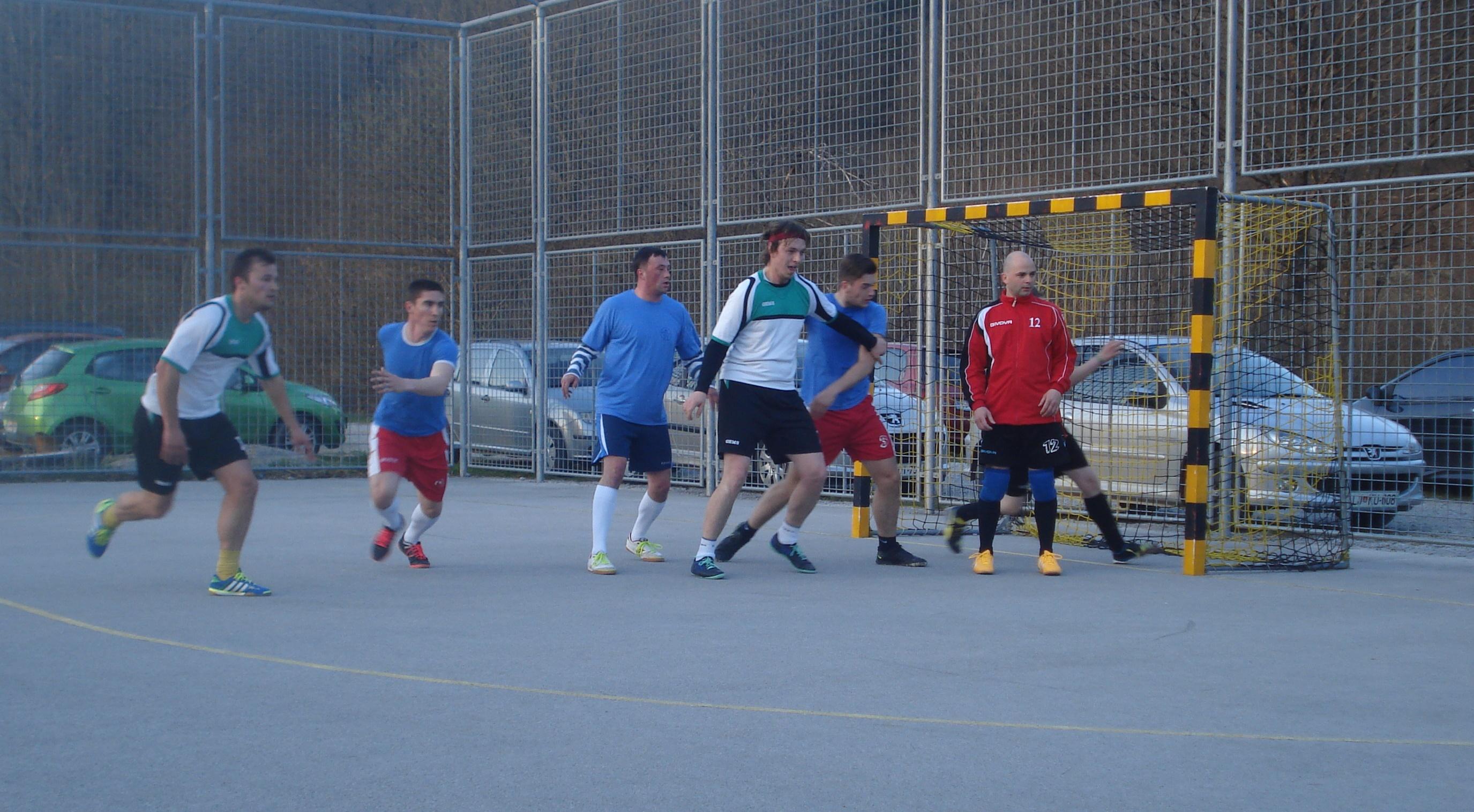 Prvi krog futsal lige 2015