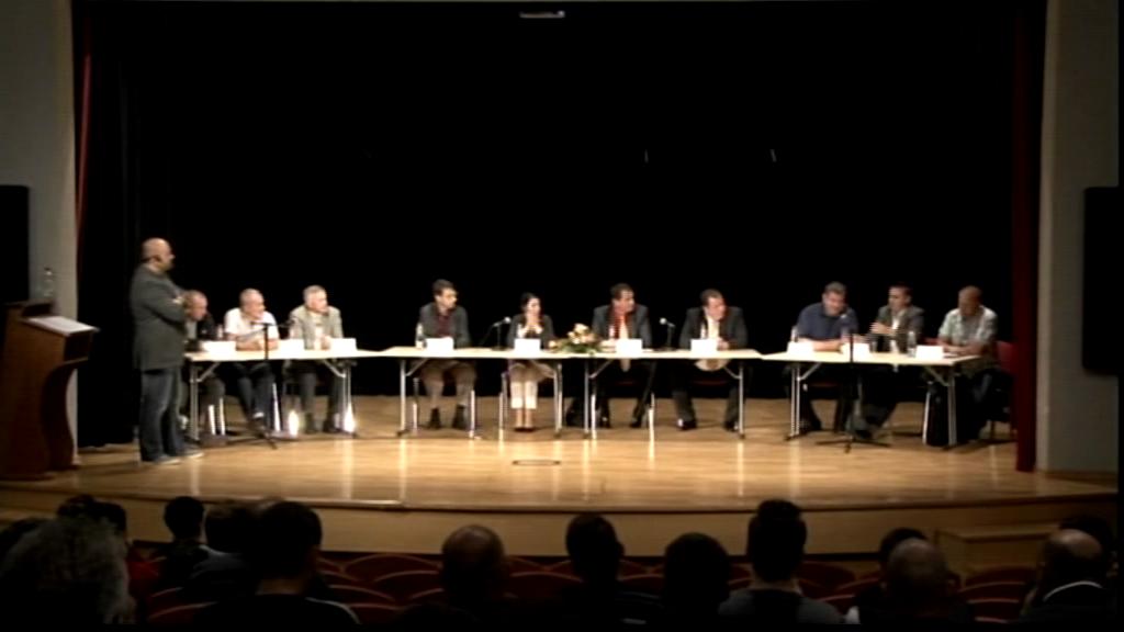 Okrogla miza: Ali Dobrepolje potrebuje nov pokriti športno objekt?