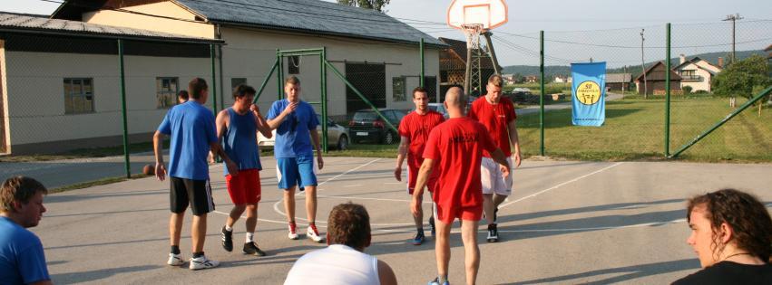 Poletna košarkarska osvežitev
